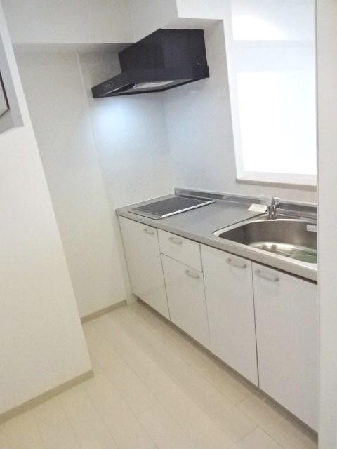 【カレラ近代美術館前_702】キッチン.JPG