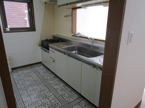 エクセレント橘102号室 キッチン (2).JPG