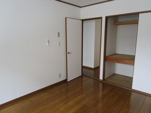 エクセレント橘102号室 洋室 (4).JPG