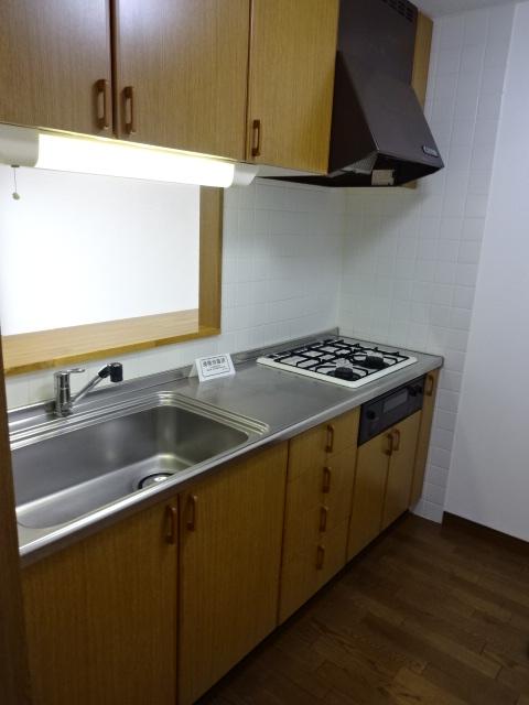 【沢田ハイツ405】キッチン.JPG