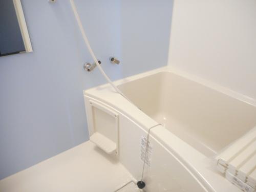 【岩見沢北4西8戸建】浴室_A.JPG