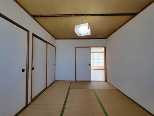 【ヴィアフェラーラA201】和室.JPG